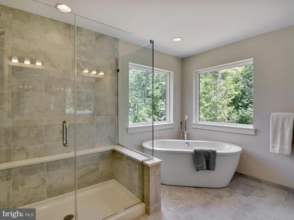 Bathrooms Photos. New Homes in Central Maryland