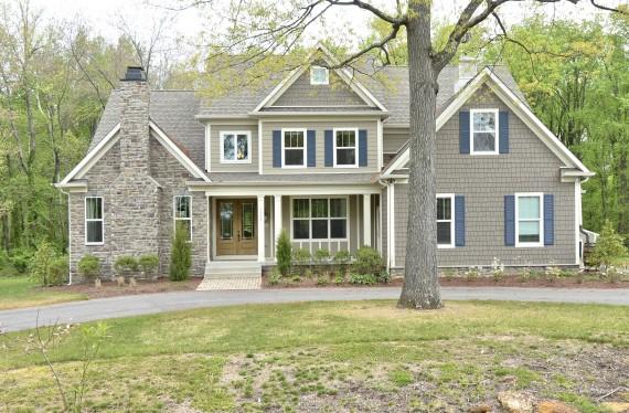 303 Bonheur Avenue- lot 9R custom home